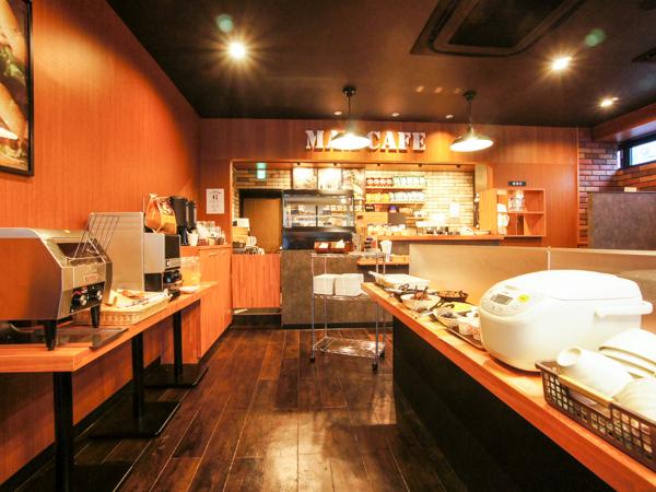 朝食スペース(マックスカフェ)